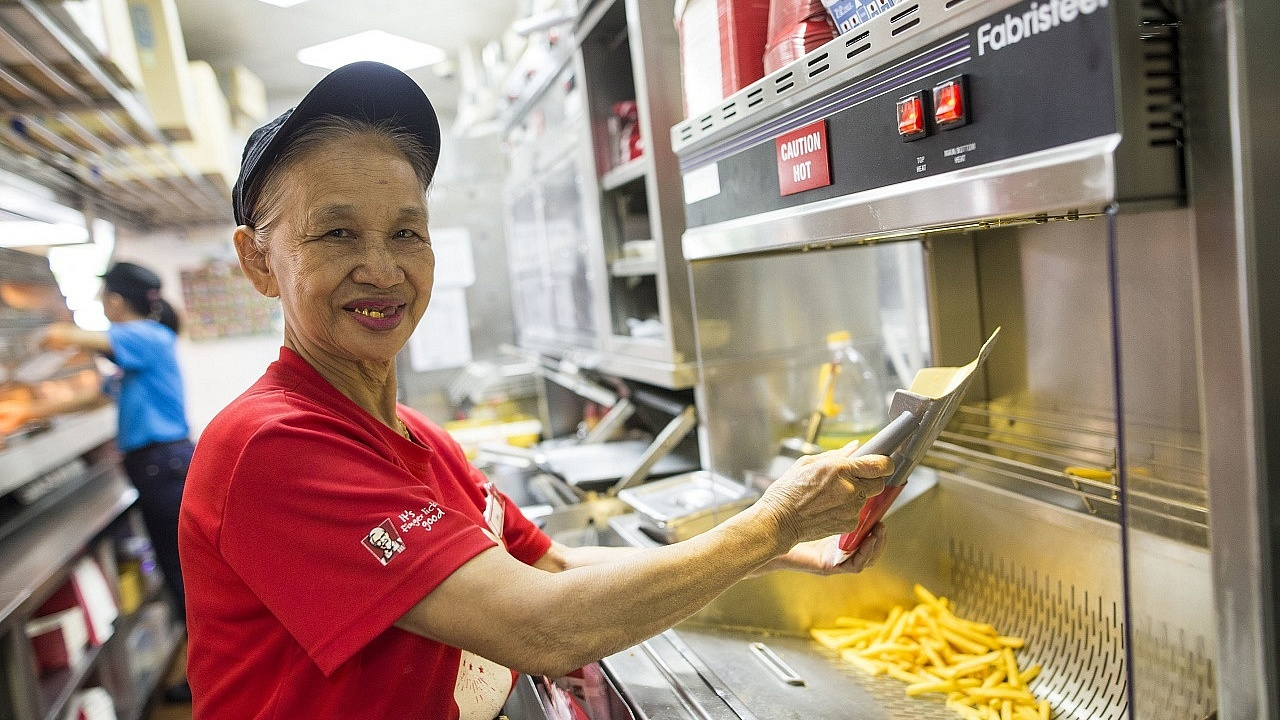Madam Tan Chwee Lian, who is 70 this year, shows us how older workers like herself can still be gainfully employed. Photo Source: NTUC ThisWeek)