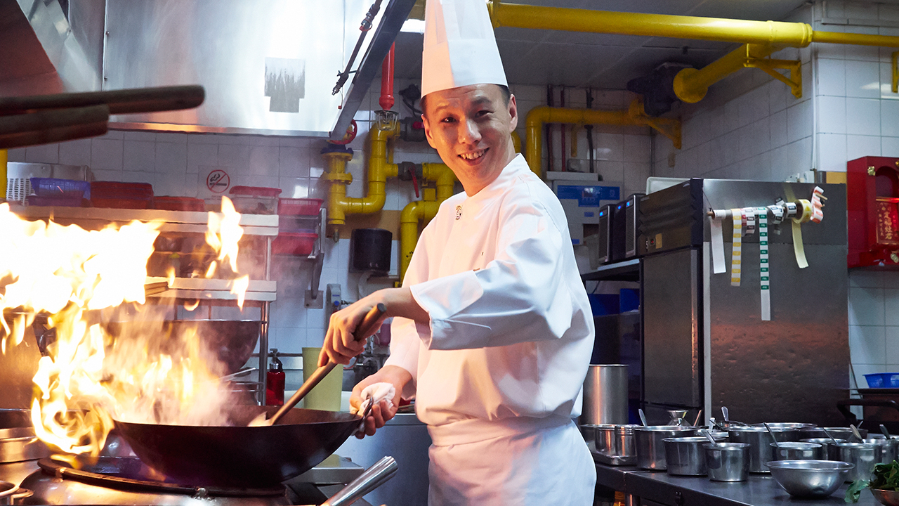 This Chef Keeps the Flame for Learning Alive
