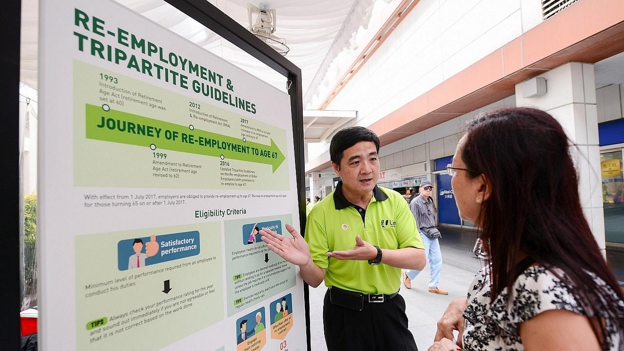 DSG Heng engaging mature worker