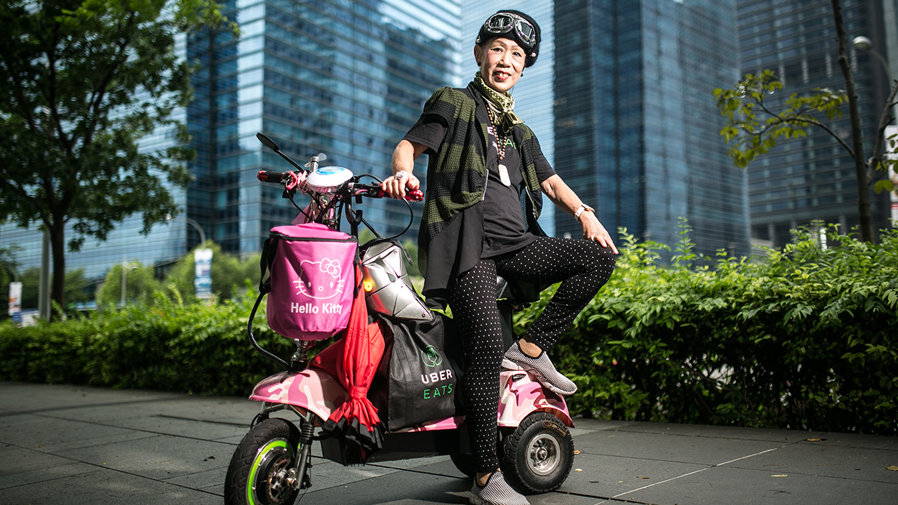 Mdm Kashlyn Teo, 70, finds her feet through poverty and a broken marriage, and shows us that there is always a reason to smile.
