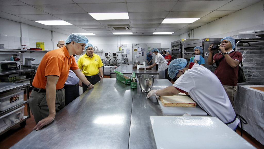 NTUC Secretary General visits U SME Partner, SME Elsie's Kitchen