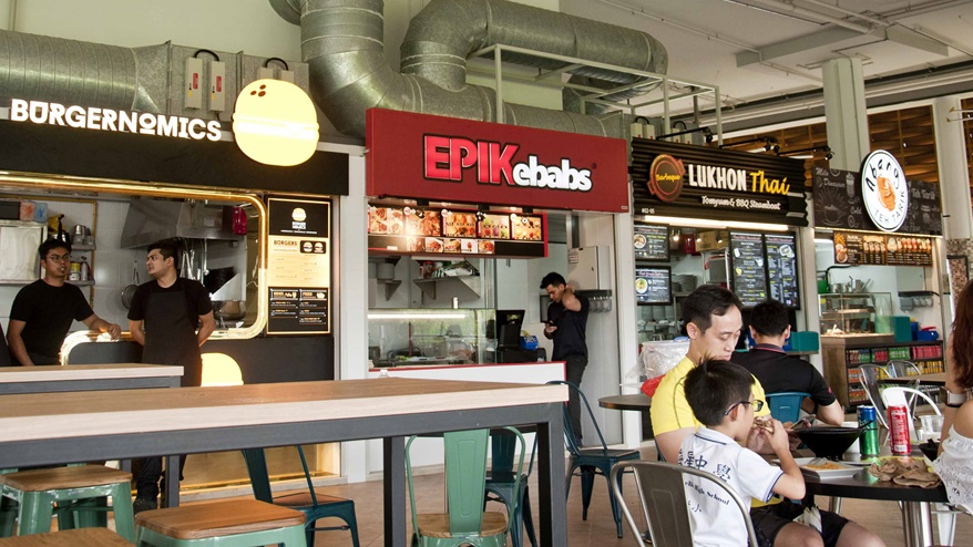 Stalls at Pasir Ris Central Hawker Centre