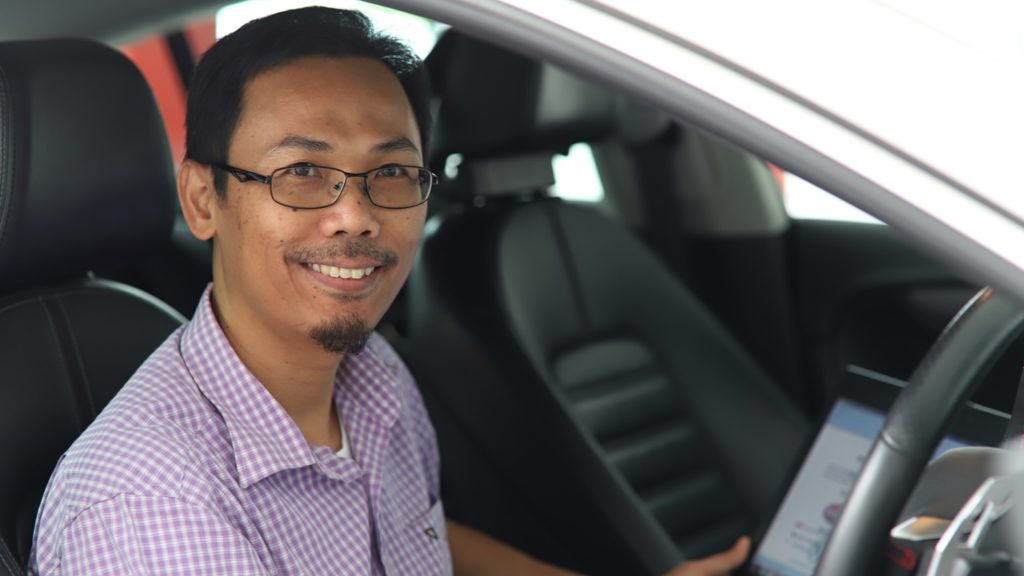 It's always been Yadi's dream to earn a living working with cars. And he's been able to do so in his early days as a mechanic and now as a technical trainer with Volkswagen Singapore.