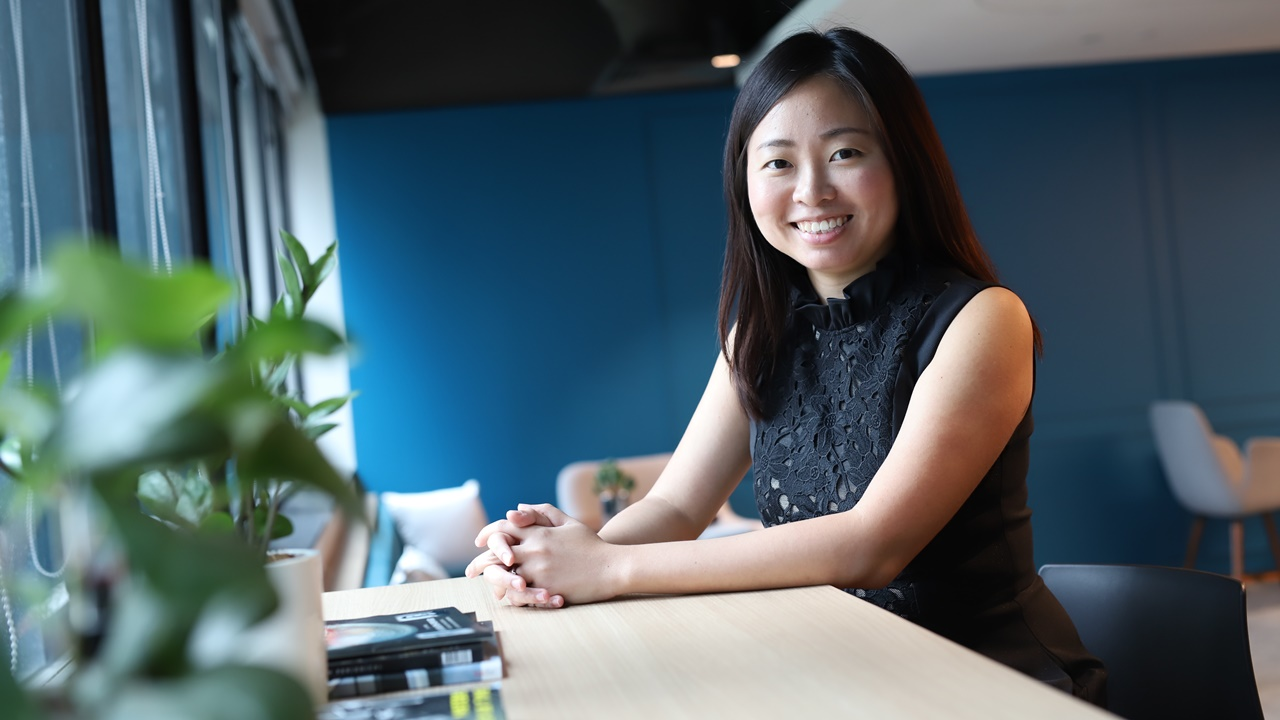 Undergoing the Sustainability Professionals Programme by GCNS and NTUC U Associate allowed Tracy to build up the knowledge, skills and network to land a job as an assistant manager in Sustainability with City Developments Limited.