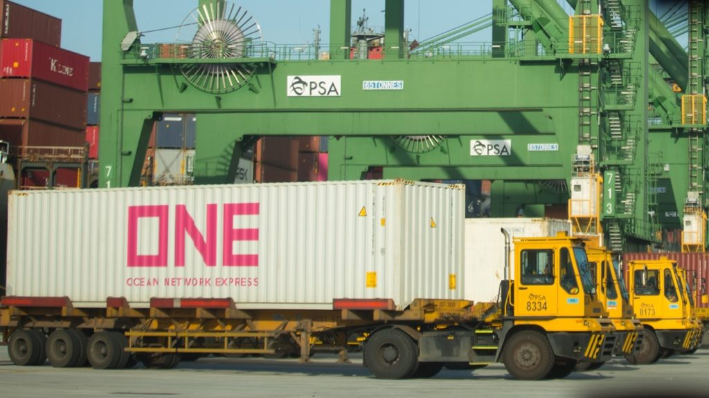 As a mechanical engineer, Hwee Sheng and his team are responsible for the maintenance and serviceability of vehicles such as prime movers, trailers and forklifts in PSA's terminals.